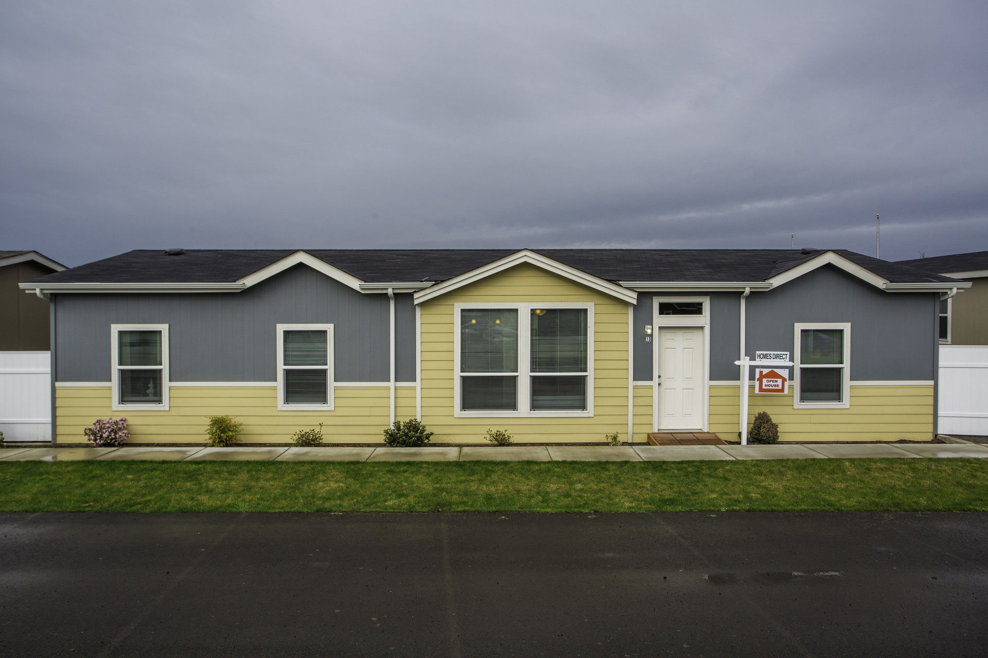 Trout lake homes direct for Modular lake homes
